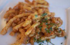 Strozzapreti al ragù lucano: la ricetta